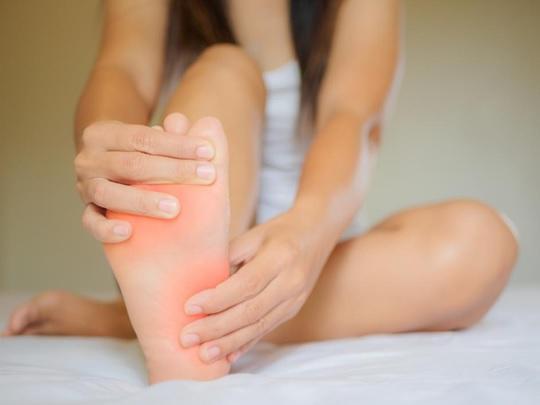 feet hurt